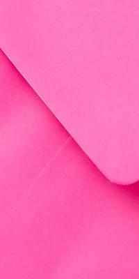 fel roze enveloppen