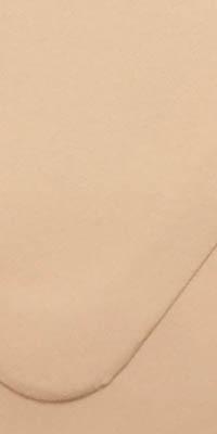 envelop met abrikoos kleur