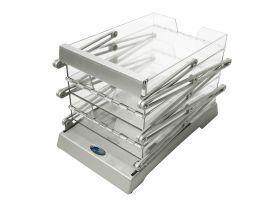 Ingeklapt is de folderhouder compact, lichtgewicht en eenvoudig te vervoeren