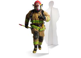 levensgrote brandweerman van karton
